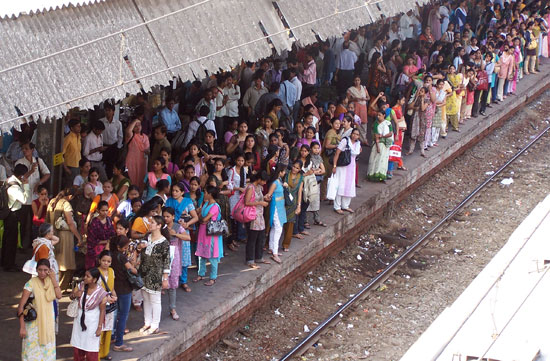 Mumbaikers can breathe a sigh of relief, now that commuter trains are running again. Photo via bellevision.com