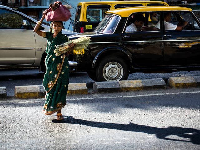 India's ambitious new road safety bill, currently open for public comment, is expected to save lives, grow the country's economy, and create one million new jobs. Photo by IamNotUnique/Flickr.