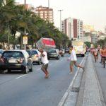 Pedestrians face daily risk at Avenida Vieira Souto in Ipanema, Rio de Janeiro. Photo by Mariana Gil/EMBARQ Brazil.